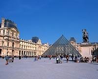 パリ/ルーブル美術館