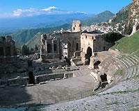 タオルミナ/古代ギリシャ円形劇場とエトナ山(イメージ)