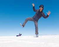 ウユニ塩湖/トリック写真(イメージ)