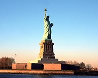 ニューヨーク/自由の女神(イメージ)