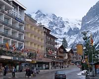 【大阪/関西】スイス2大名峰と氷河特急&ベルニナ特急の旅 9日 航空会社指定なし シルバークラスのホテル