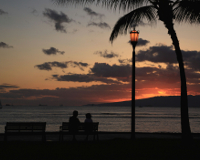 ワイキキビーチの夕暮れ