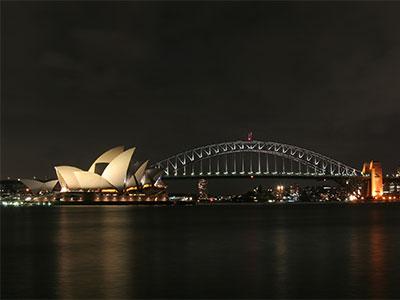 【羽田発】 シドニー 5日 カンタス航空利用 メトロ マーロー シドニー セントラルまたはBクラス以上のホテル