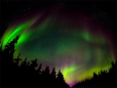 巻頭スペシャル サーリセルカ天空のオーロラ5日 フィンランド航空 エコノミークラス